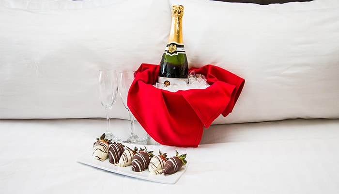 Romance Package | West Bay Beach Resort | Traverse City Michigan